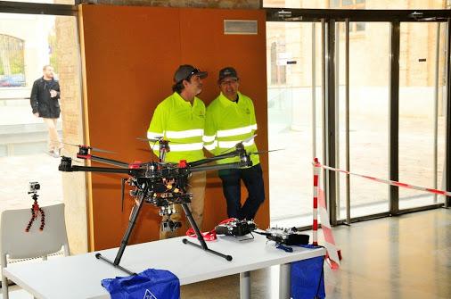 Demostración de uso con drones para combatir al mosquito tigre enValencia